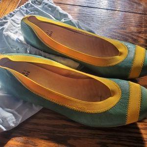 Stuart Weitzman  giveable green&yellow ballet flat